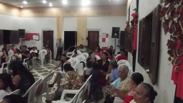 DSCF5352 Public Sorteio Dizimist ABRIL Rocha Da Bencao 2015